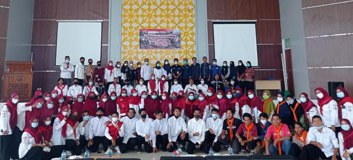 Kepengurusan dan anggota KSR PMI IAIN Babel foto bersama.(foto: ist).