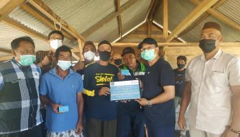 Bupati Serahkan 300 Kartu Asuransi untuk Nelayan Bangka Tengah