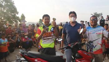 Dio dan Saidina Rebut Hadiah Utama Motor, Latber Grasstrack YRT dan HKL Peduli Prestasi Otomotif