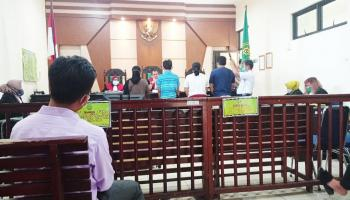 Sidang Perdana Pembunuhan Drivel Ojol Ayu Diwarnai Isak Tangis Keluarga, Pelaku Dijerat Pasal Berlapis